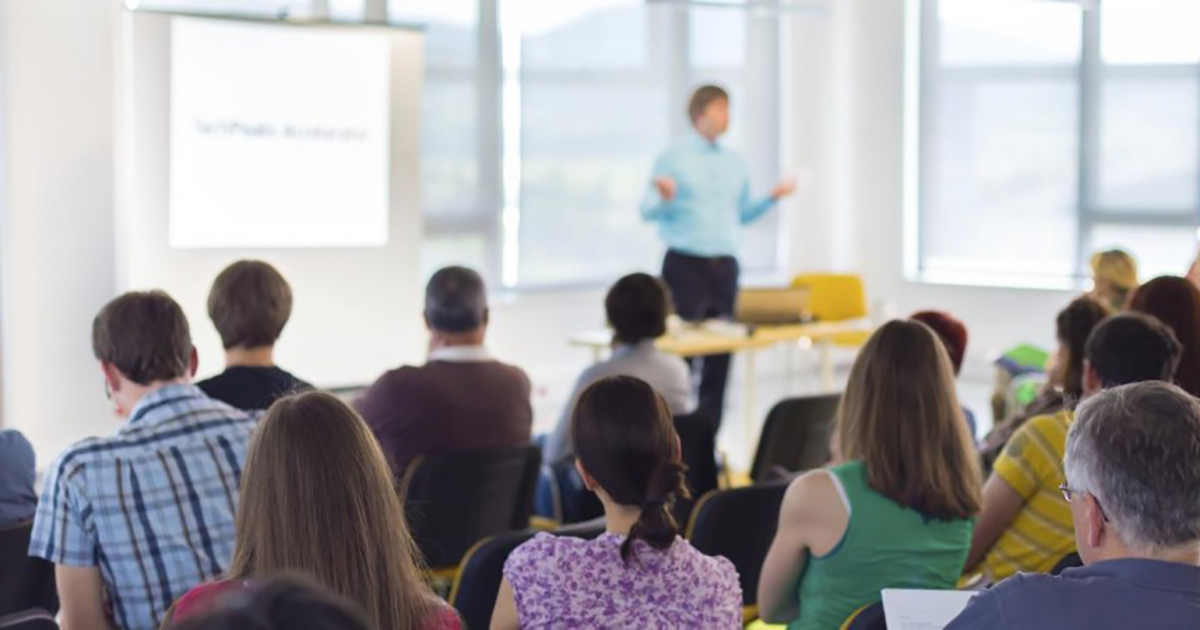 How to Sell 100 Seats In Your Online Course to One Corporate Client