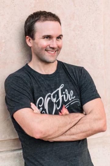 John Lee Dumas, award-winning podcaster and entrepreneur