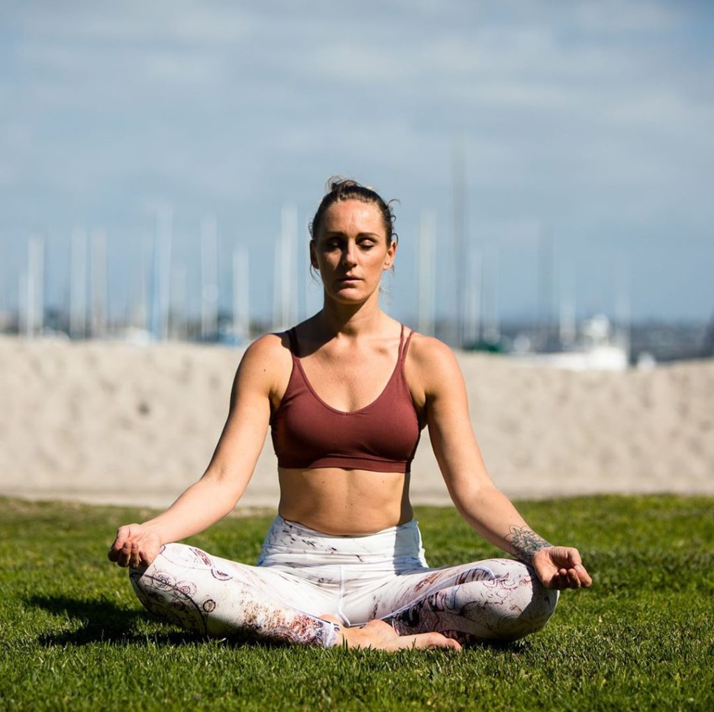 How To Teach Yoga Online Ultimate Guide Thinkific