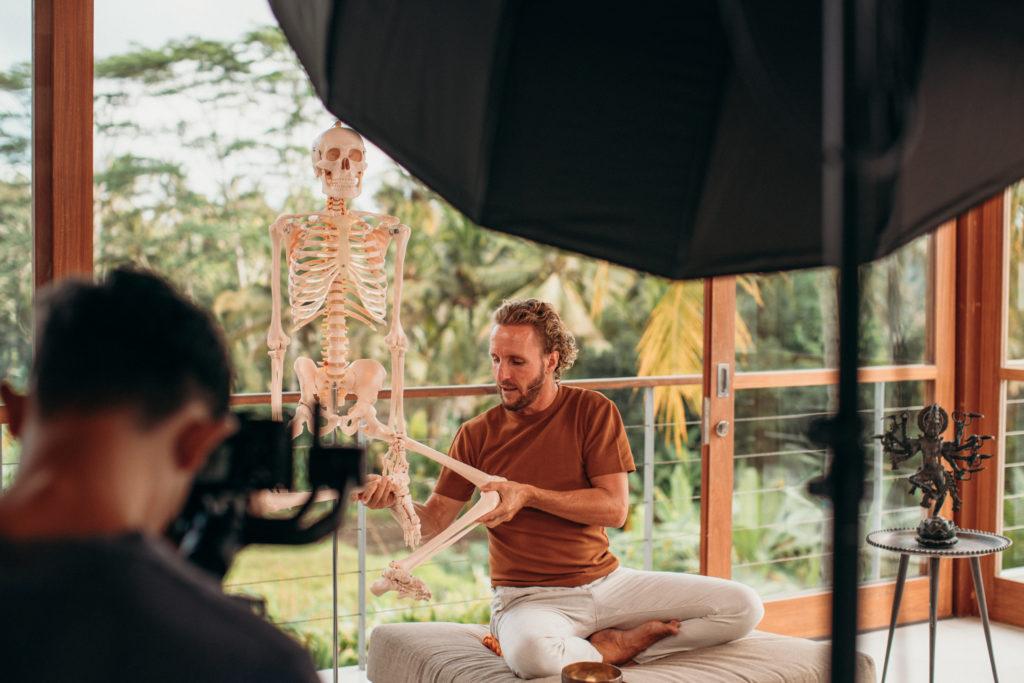 Burkhard Langmann filming his online class