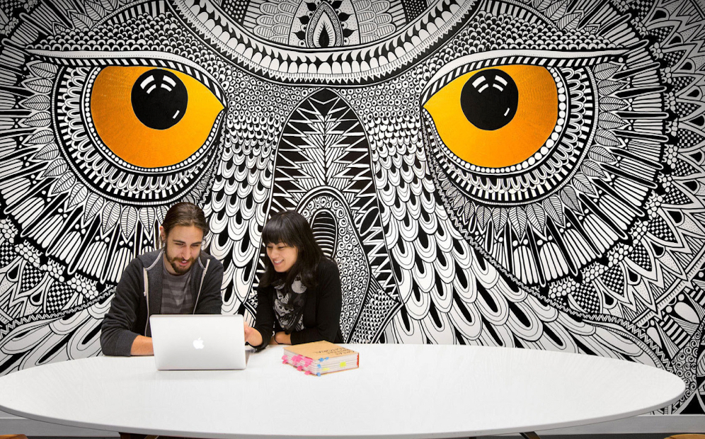 Hootsuite educates their customers with Thinkific Plus
